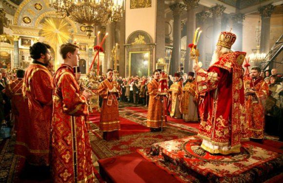 Какие службы и во сколько проходят в Храмах в Великую субботу