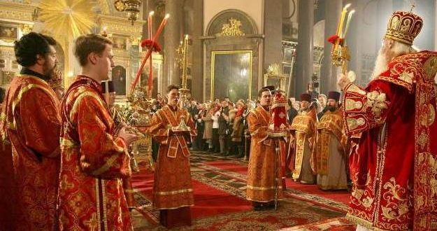 Пасхальная служба в церквях и храмах. Во сколько начало, когда начинается