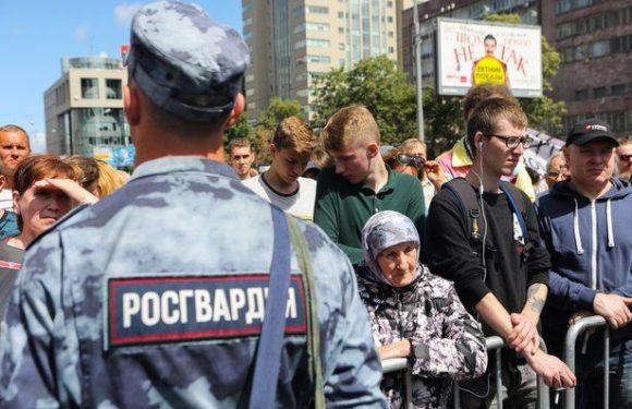 Народный сход в Москве на Трубной с оппозиционными кандидатами в депутаты
